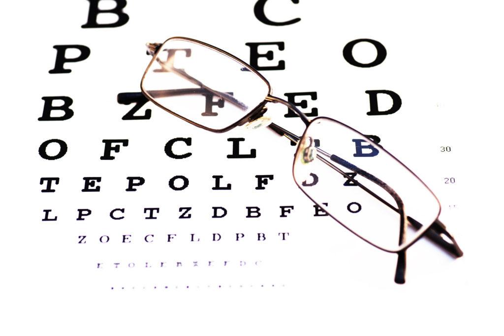 stockvault-glasses-and-chart134729